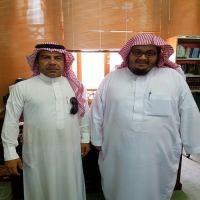 صحيفة بني خالدقامت بزيارةرئيس مكتبةالحرم المكي